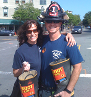 Local 1775 members Yvette Blount and Doug Paterson team up to